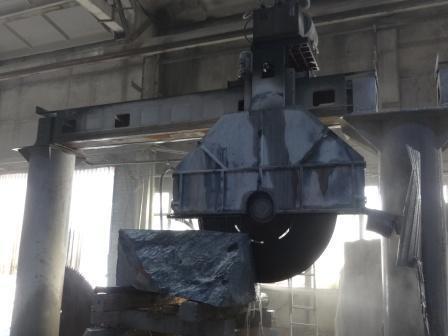 Оборудование для обработки камня. Гидравлический мостовой станок для резки камня QJS 180